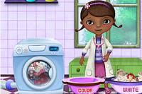 Стираем Игрушки с Плюшевой - McStuffins Washing Dolls